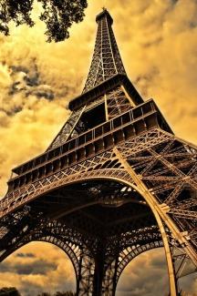 eiffel-tower-103417_960_720