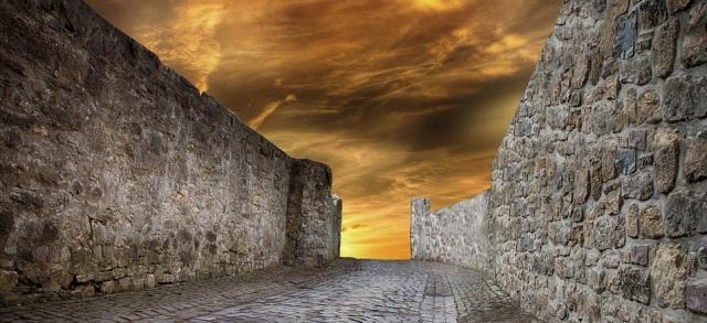 wall-2983458_960_720